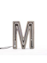 Alphacreteテーブルランプ - 文字Mホワイト|グレー| Seletti BBMDSセメント