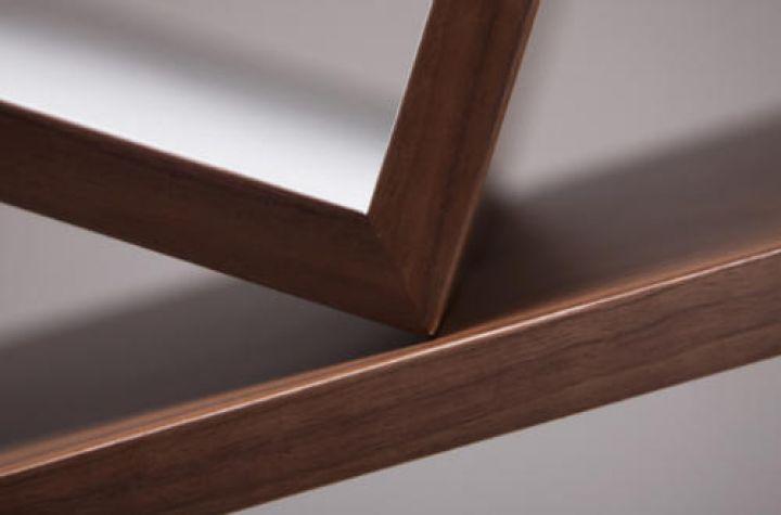 Equilibrium-Modern-Bücherregal-by-Alejandro-Gomez-Stubbs-Shelving-Systems