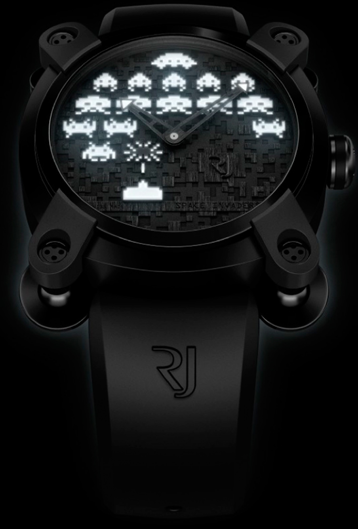 space-invaders-watch-2