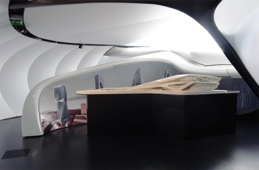 Mobile Art Pabellón 11 de Zaha Hadid