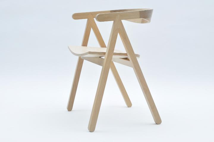 ヴァルセッキ1918 01椅子