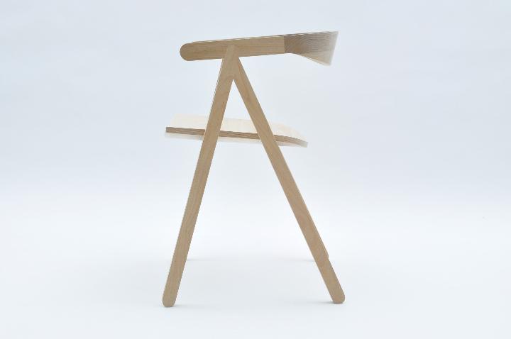 ヴァルセッキ1918 02椅子