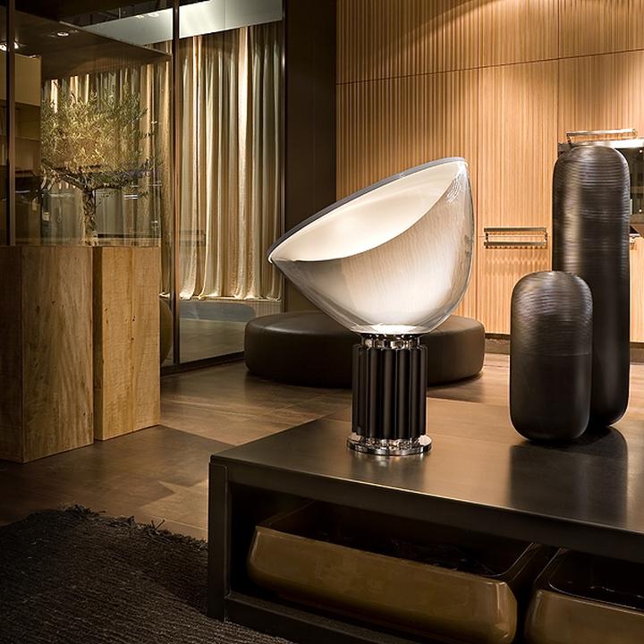 Lampe de table silencieux flos-03