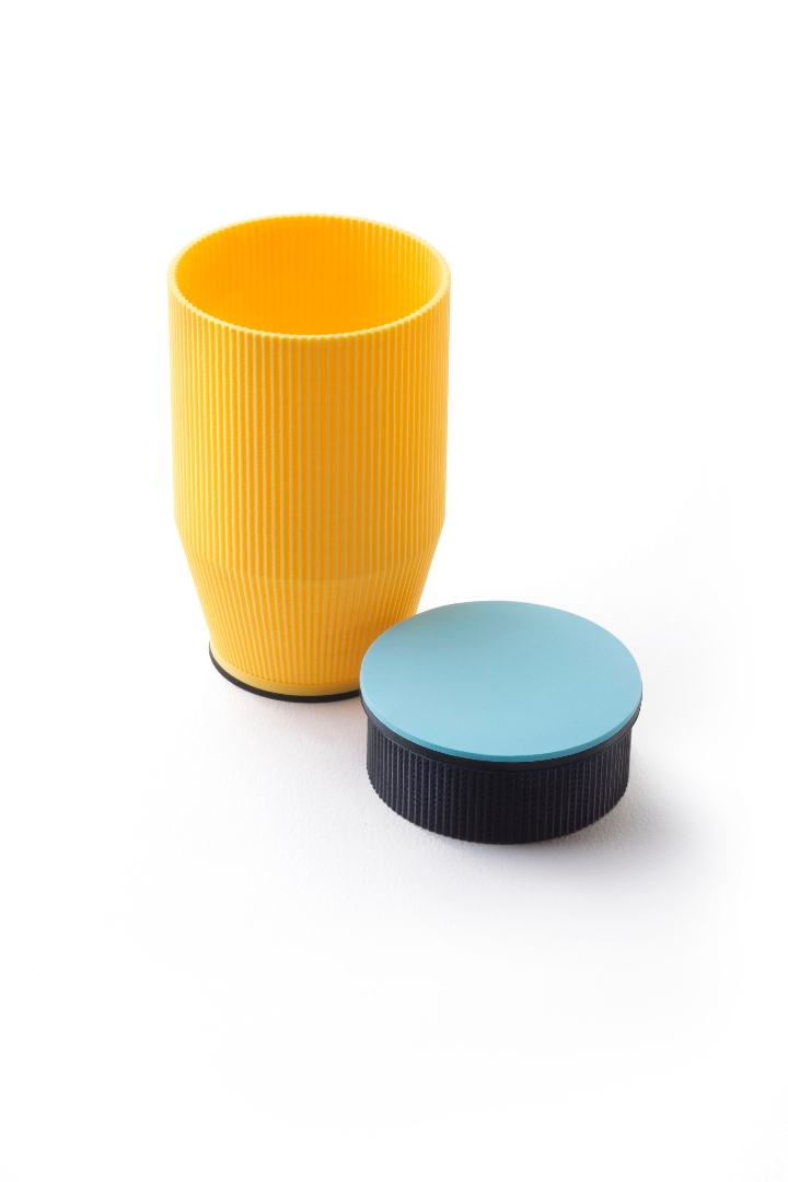 M0402-Yellow-and-Blue-Alberto-Parise 1