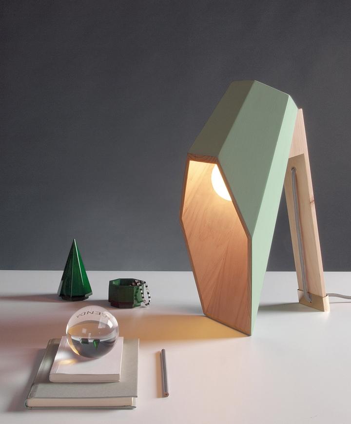 Alessandro Zambelli λάμπα woodspot Κοινωνικής Σχεδιασμός Magazine-03