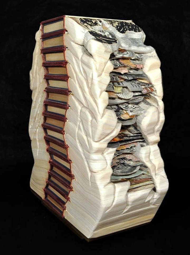 ブックアート彫刻-socialdesignmagazine15