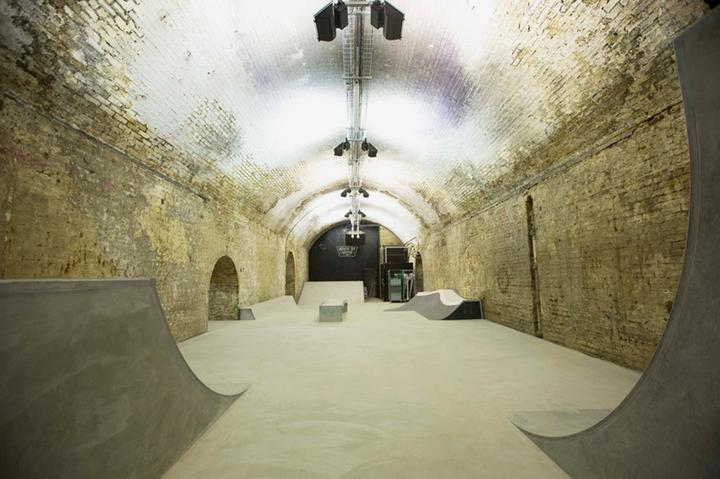house of vans indoor skatepark-09