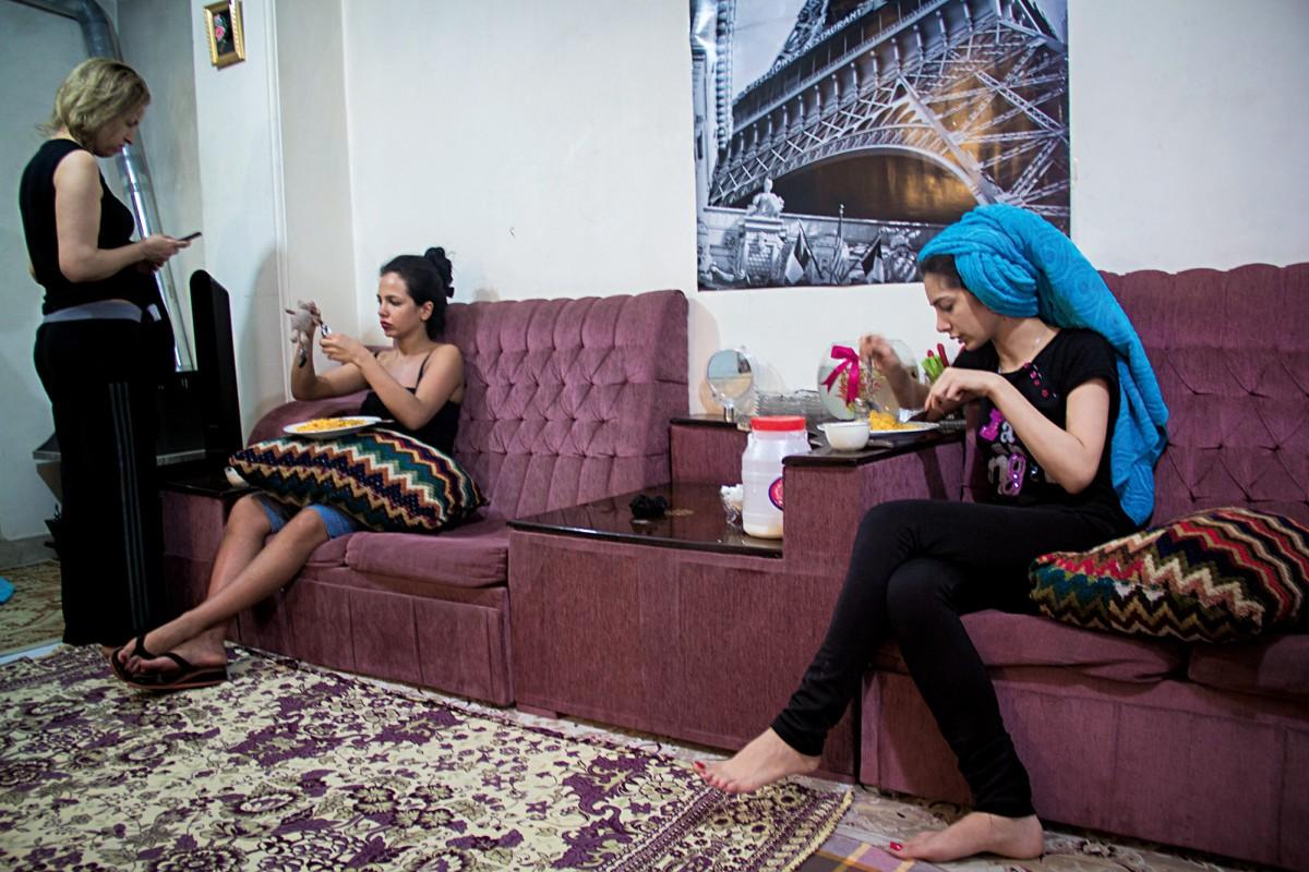 Η Φάμπρικα του ιρανικού Living Room, Negar Sadvand