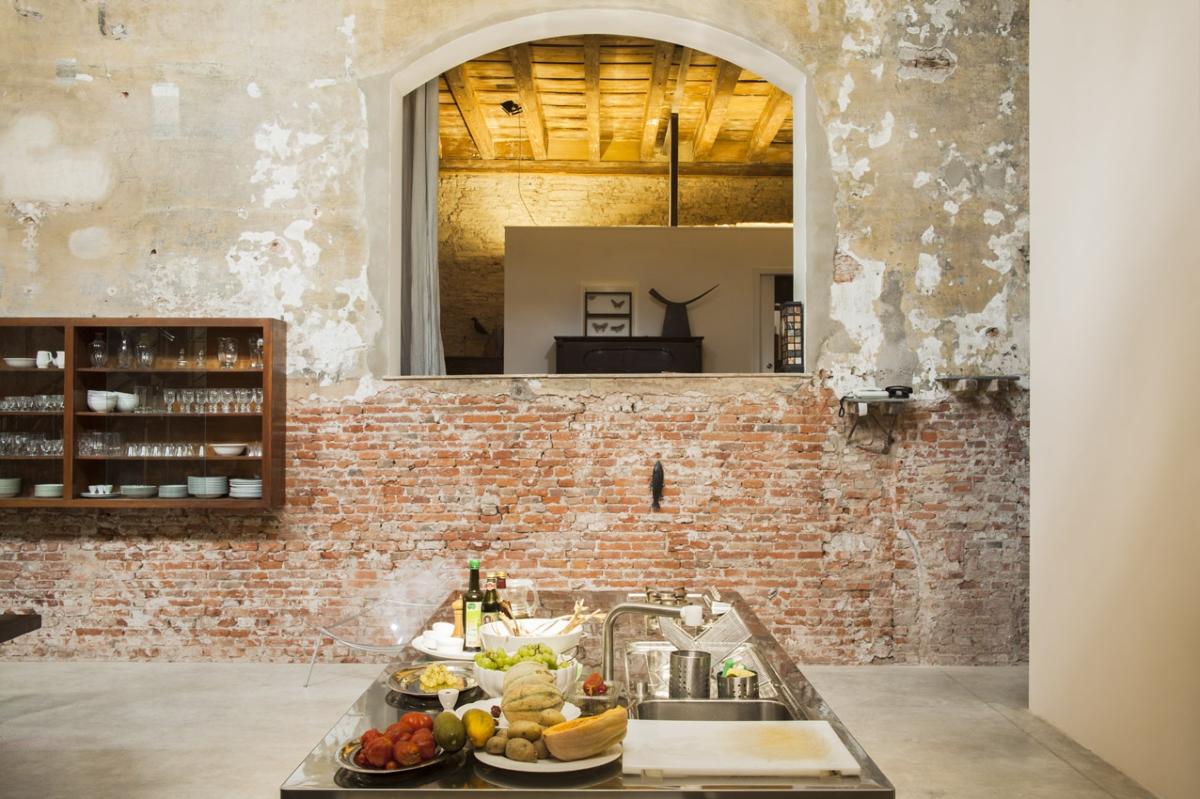 Rada Markovic, diseño de iluminación para ver perfil Massimo Vitali casa 3 superficie de trabajo COCINA, ph. Marco Campanini