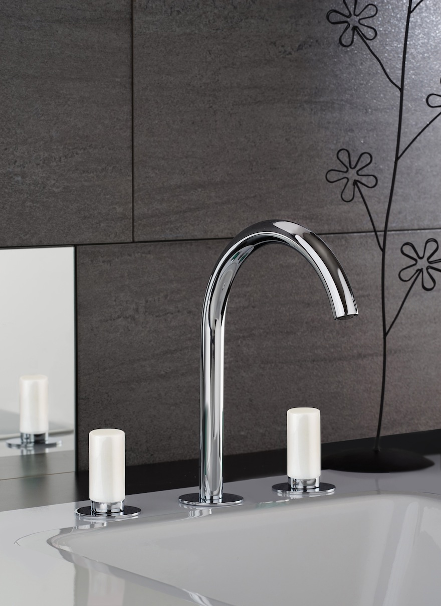 """""""M Style Collection"""" with precious stones for """"jewel bathrooms"""""""