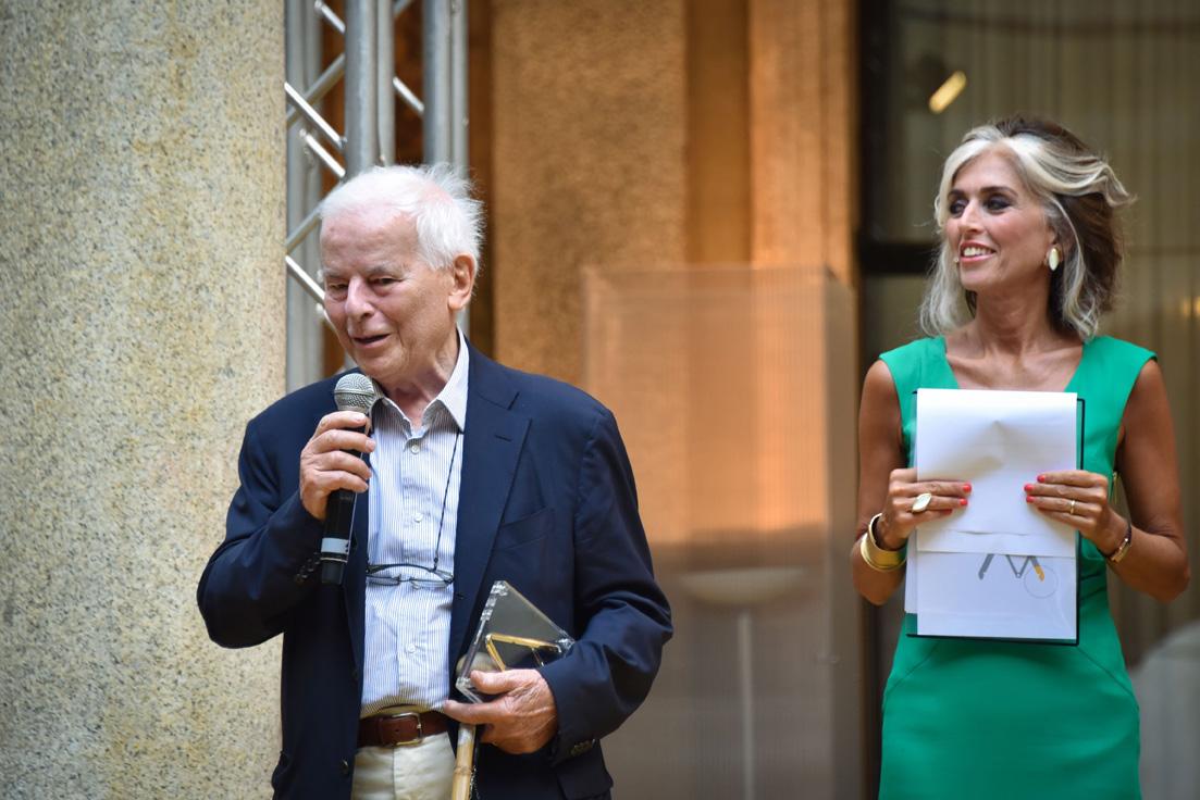 Carlo Bartoli Compasso D'oro Alla Carriera, awards