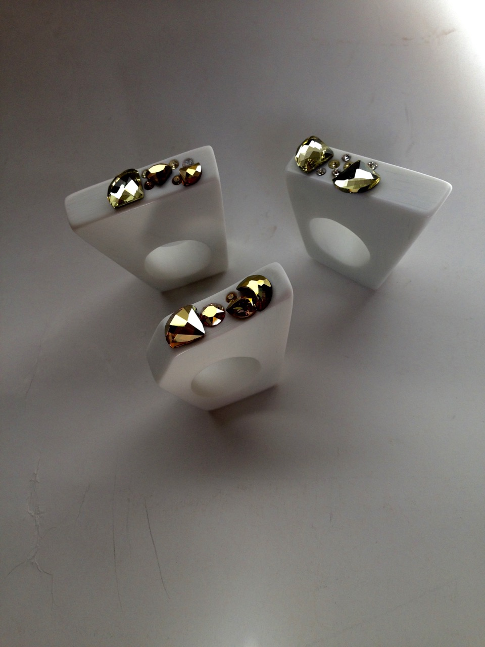 triptyque Lumière d'anneaux par Anna Zullian