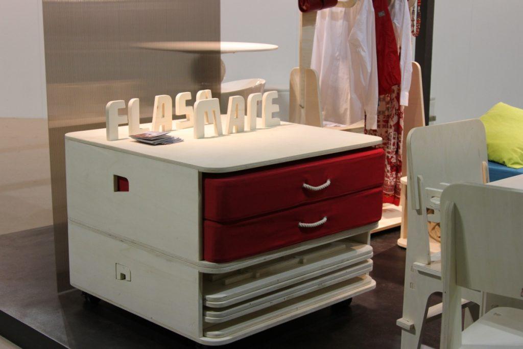 Το Flashmate, ένα δωμάτιο σε ένα κουτί, σχεδιάζει: Emilio Leonardo
