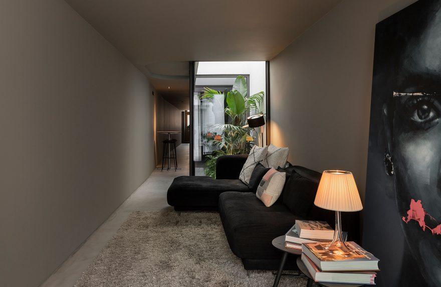 Ristrutturazione di una casa lunga e stretta a Beira Mar - Paulo Martin ARQ&DESIGN