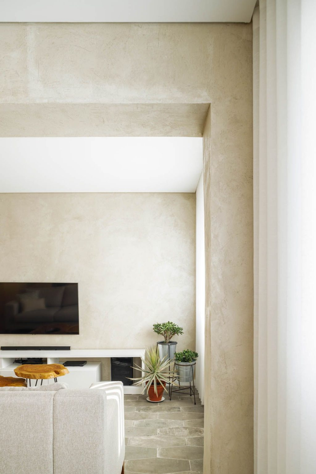 Renovated apartment during the pandemic, Paulo Moreira architectures